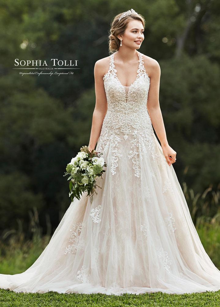 Sophia-Tolli-by-Mon-Cheri-2