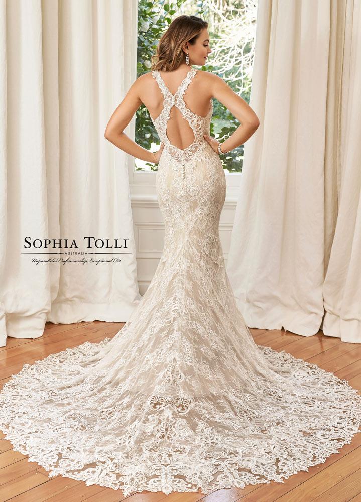 Sophia-Tolli-by-Mon-Cheri-5