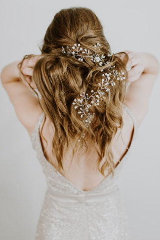 Bridal-Elegance-Wedding-Accessories-b